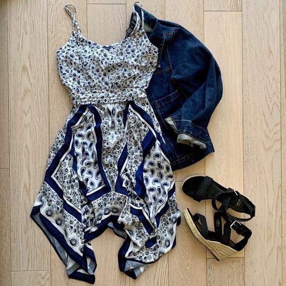 Abercrombie & Fitch Dresses & Skirts - A&F Handkerchief Dress